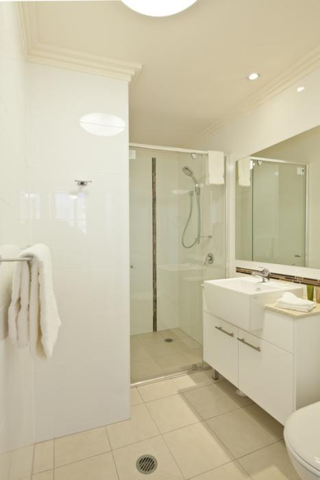 Sudima Suites Brisbane Bathroom